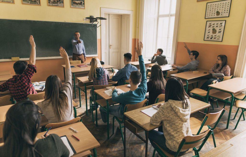 Des solutions existent à la pénurie d'enseignants